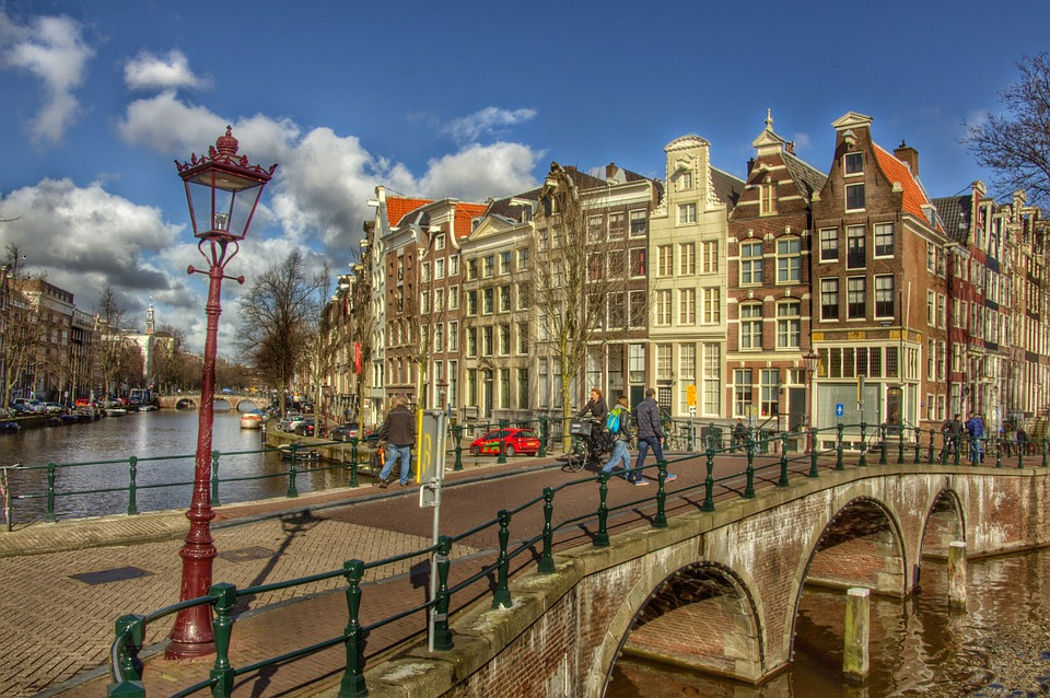 How Amsterdam Rewards Its Citizens Who Recycle Plastic Waste